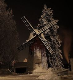 Windmill in snow   -  Hearts of Glass