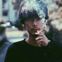 Boys if you're going to be this hot, Go ahead and smoke 💋 Japanese Men Hairstyle, Korean Men Hairstyle, Boys Long Hairstyles, Men's Hairstyles, Aesthetic People, Perfect Boy, Male Face, Good Looking Men, Male Beauty