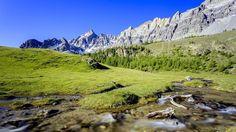 In Queyras, dove la natura è ancora protagonista La regione delle Alpi francesi, al confine con l'Italia, è il paradiso dell'ecoturismo: sport all'aperto, artigianato di qualità e gastronomia.  http://www.lastampa.it/2016/08/09/scienza/ambiente/inchiesta/in-queyras-dove-la-natura-ancora-protagonista-gHUQen5da7XQzlbY7mnv4J/pagina.html