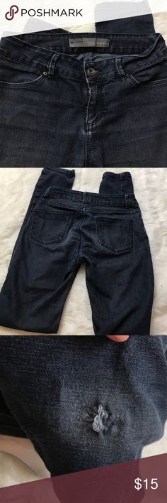 "Zara Basic Size 4 Skinny Jeans In gently worn condition. Size 4.  Inseam is 31"" distressed is shown in photos above. Sorry no trades. Zara Jeans Skinny"