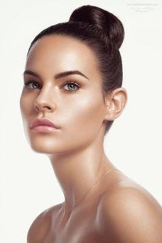 Model: @Lolacoca Makeup by Gregory Kara (www.gregorykara.com) Hair by Kristopher Smith (www.kristophersmithhair.com) Wardrobe: Steven Doan Photo & post: Julia Kuzmenko   Visual Artist