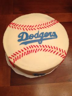 Dodgers birthday cake Beanie Bday Pinterest Birthday cakes