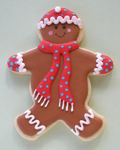 Inspiration picture of Christmas Gingerbread Man Cookie Gingerbread Man Cookies, Christmas Sugar Cookies, Christmas Sweets, Christmas Gingerbread, Holiday Desserts, Christmas Baking, Gingerbread Men, Fancy Cookies, Iced Cookies