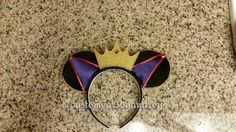 Snow White - Evil Queen Inspired Minnie Mouse Ears// these are so cool