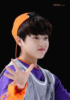 Lee Jinwoo   ProduceX101 #Producex101 #produce101 #LeeJinwoo #Jinwoo #이진우 #진우 #프로듀스 #프로듀스101 #프로듀스x101 #프로듀스엑스101 #Maroo K Pop Music, Little Bit, Produce 101, Mingyu, Kpop Boy, K Idols, Pretty People, Boy Bands, Boy Groups