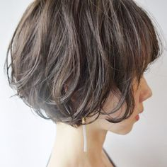 Looking for the best way to bob hairstyles 2019 to get new bob look hair ? It's a great idea to have bob hairstyle for women and girls who have hairstyle way. You can get adorable and stunning look with… Continue Reading → Stacked Bob Hairstyles, Pixie Haircut, Hairstyles Haircuts, Haircut Short, Wavy Hair, Her Hair, Corte Y Color, Short Hair Cuts For Women, Textured Hair