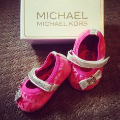 Michael Kors pink baby shoes❤️