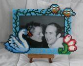 cadre photo en perles a repasser cygne sur le lac