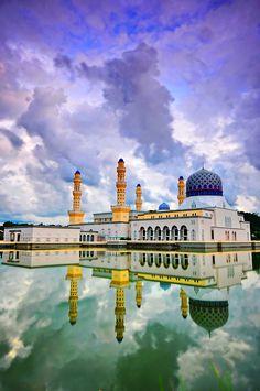Masjid Bandaraya Kota Kinabalu City Mosque in Sabah, Malaysia