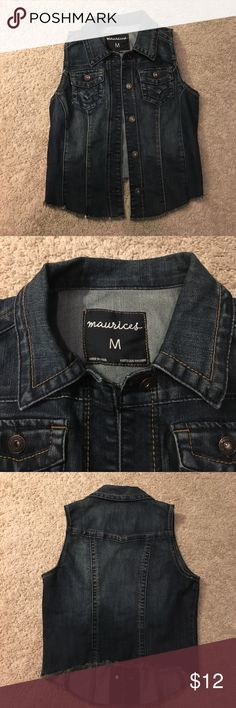 Dark Denim Jean Vest from Maurice's Size M 💙🖤 This is a Dark Denim Jean Vest from Maurice's. The DARK Denim material is very popular, as well as the vest!! Ok Size M, fits true to size, equipped with 2 front pockets that are able to be utilized! There are 5 buttons on the front allowing you to wear it open or closed! The Vest has uniquely designed sections giving it the appearance of being fitted!! Finally, these sections are outlined with complimentary colored stitching, making it super…