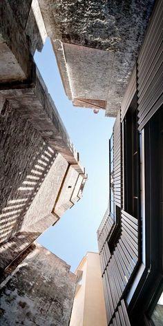 Ludoteca y Centro de Recursos Educativos de Ciutat Vella  TALLER 9S ARQUITECTES