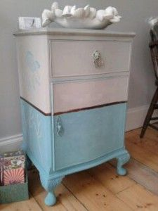 Lovely bedside cabinet painted in Chalk PaintTM, a decorative paint by Annie Sloan - Paris Grey and Provence Furniture Fix, Furniture Projects, Furniture Making, Furniture Makeover, Dresser Makeovers, Distressed Furniture, Repurposed Furniture, Annie Sloan Furniture, Annie Sloan Paris Grey