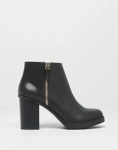 80376406 Pull&Bear - woman - women's footwear - high heel ankle boots with zip -  black -