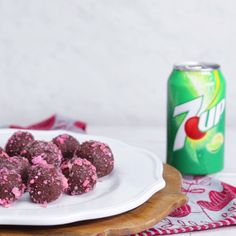 Make your own popping rock candy with 7UP, then roll these delicious chocolate truffles in them for a fun treat your kids will love! [AD]