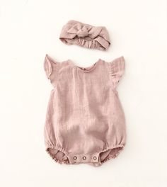 Linen / Organic Cotton Clothing for Babies and Toddlers by moonroomkids, babies Clothing .Linen / Organic Cotton Clothing for Babies and Toddlers by moonroomkids, babies Clothing Cotton Linen moonroomkids Handgemachte Leinen Baby Kleinkind Baby Girl Fashion, Fashion Kids, Fashion Wear, Latest Fashion, Fashion Outfits, Baby Outfits, Kids Outfits, Newborn Outfits, Toddler Outfits