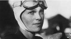 Amelia Earhart, considerada la primera mujer piloto aviador