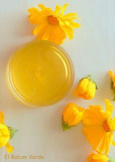8 Tips for a Healthy and Shining Skin Crema Facial Natural, Homemade Beauty Recipes, Skin Spots, Body Treatments, Facial Care, Diy Skin Care, Natural Cosmetics, Organic Beauty, Diy Beauty