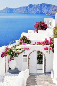 Greece Travel Honeymoon Backpack Backpacking Vacation #travel #honeymoon #vacation #backpacking #budgettravel #offthebeatenpath #bucketlist #wanderlust #Greece #Europe #exploreGreece #visitGreece #seeGreece #discoverGreece #travelGreece #GreeceVacation #GreeceTravel #GreeceHoneymoon