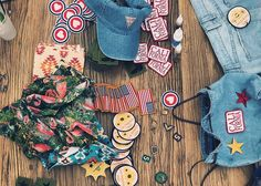 Gettin' ready for the festival with the ultimate DIY table! #LoveGUESS