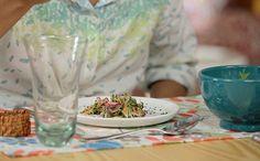 Bela Cozinha - Ep. 13 - Salada prensada de pepino e rabanete (Foto: Reproduo / GNT)