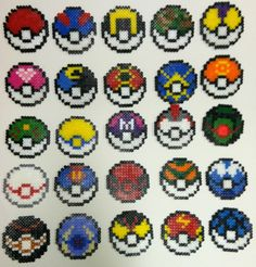 25 pokéballs différentes en perles hama