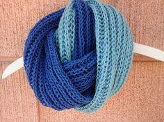 A Cor da Lã: Gola Bicolor com ponto Ventania