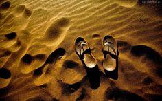 Plaża, Ślady, Buty