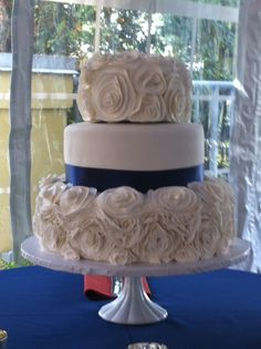 The Annalize Ribbon Rose Cake