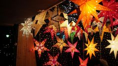 Wonderful Free Diy paper lanterns dance floors Ideas for 2019 Suggestions In the numerous decades, we have allocated to the dance floors of this world, we have experienced s Paper Star Lights, Paper Star Lanterns, Paper Lantern Lights, Lanterns Decor, Paper Stars, Paper Lamps, Ideas Lanterns, Diy Wedding Dance Floor, Diy Christmas Star