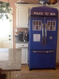 Doctor Who fridge I want this fridge . I'm gonna make sure I marry a guy that is into doctor who and we will have this fridge The Tardis, Tardis Blue, Doctor Who, Diy Doctor, Eleventh Doctor, Cool Stuff, Random Stuff, Stupid Stuff, Random Things