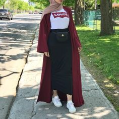 hoda – Hijab World Hijab Fashion Summer, Modern Hijab Fashion, Street Hijab Fashion, Hijab Fashion Inspiration, Muslim Fashion, Modest Fashion, Fashion Outfits, Hijab Mode, Mode Abaya