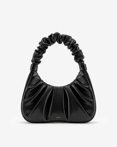 Pouch Bag, Hobo Bag, Look Girl, Thing 1, Orange Bag, Black Shoulder Bag, Hobo Handbags, Fall Fashion Trends, New Bag