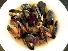Steamed Mussels in White Wine, Garlic, Butter and Herbs | Tasty Kitchen: A Happy Recipe Community!