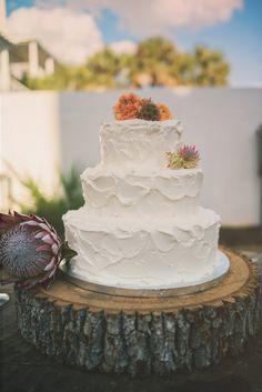 Pretty and plain ah Metallic Wedding Cakes, Fall Wedding Cakes, Wedding Cake Designs, Rustic Wedding, Our Wedding, Perfect Wedding, Wedding Ideas, Barn Wedding Inspiration, Wedding Consultant