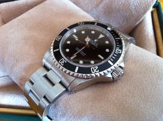 Coin des Affaires - Rolex Submariner 14060M série K (04/2003) - Garantie 1 an
