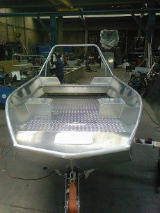 Water Witch provide cost effective, efficient solutions to help combat the growing tide of plastics in our oceans, waterways and other marine environments. Yacht Design, Boat Design, Aluminum Fishing Boats, Aluminum Boat, Boat Building Plans, Boat Plans, Small Jet Boats, Floating Pontoon, John Boats