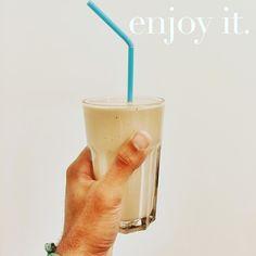 Morning shake.... . Herbalife Formula 1 Sport  Herbalife Formula 1 Noisette Mélange pour boisson protéinée  1 cac de cacao . Complet et équilibré... Just love it..