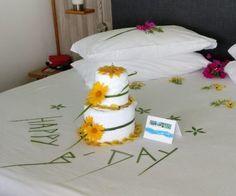 Kuramathi birthday cake Maldives, Origami, Towel, Birthday Cake, Diy, Home Decor, Hotels, The Maldives, Decoration Home