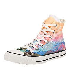 a999325f2ccb3 CONVERSE Chuck Taylor All Star Hi Sneakers in mehreren Farben. Kleidung