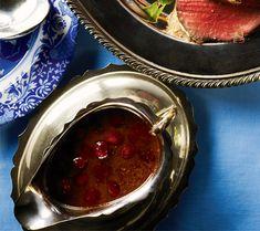Easiest roast turkey gravy | Chatelaine