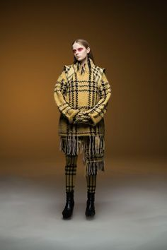 Undercover Herbst/Winter Ready-to-Wear - Fashion Shows Best Of Fashion Week, Live Fashion, Fashion Weeks, Fashion 2020, Ladies Fashion, Vogue Paris, Vogue Russia, Fall Fashion Trends, Fashion Show Collection