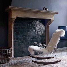 Poltrona J.J., design de Antonio Citterio. #design #poltrona #conforto #designdemoveis #furnituredesign #chairdesign #chair #comfort #interior #interiores #artes #arts #art #arte #decor #decoração #architecturelover #architecture #arquitetura #design #projetocompartilhar #davidguerra #shareproject #poltronajj #antoniocitterio #jjchair