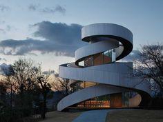 Ribbon Chapel, Hiroshima, Japan, 25stunningly beautiful buildings ahead oftheir time