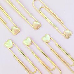 Heart-shaped paperclips! Cute office supplies / pink * I Have This Thing With Hearts
