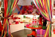 Kate Spade pop up Christmas store.