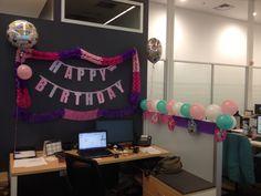 Birthday office.. Pink&Pink!! So cute u.u Decorate Cubicle, Cubicle Birthday Decorations, Birthday Pranks, Birthday Ideas, Cubicle Makeover, Office Cubicle, Happy B Day, Birthday Celebration, Office Decor