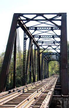 Railroad Bridge, Brooklyn Bridge, Bridges, Draw, Travel, Viajes, To Draw, Traveling, Drawings