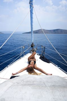 yacht week with Tatjana Catic Yachtwoche mit Tatjana Catic Tatjana Catic, Sailing Pictures, Boat Pics, Yacht Week, Sailing Cruises, Yacht Party, Beach Poses, Summer Aesthetic, Summer Pictures