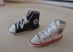 MarEven nukkekoti Converse Chuck Taylor High, Converse High, High Top Sneakers, Doll Shoes, Chuck Taylors High Top, High Tops, Shoe Boots, Hats, Clothes