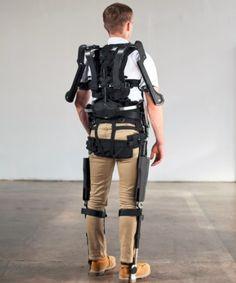 suitX MAX Exoskeleton Designed to Reduce Workplace Injuries - Robotics Trends Exoskeleton Suit, Powered Exoskeleton, Suit Of Armor, Body Armor, Wearable Technology, Technology Gadgets, Medical Technology, Nova Jerusalem, Real Robots